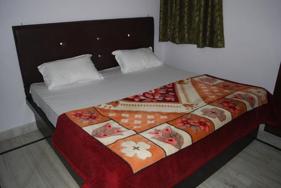 Taj Mahal Home Stay