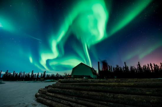3 Dog Night Hostel: northern lights.