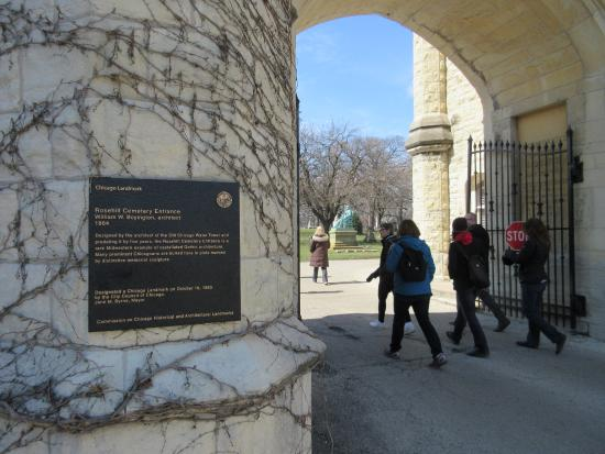 Rosehill Cemetery: Rosehill Cemetary - Main Entrance