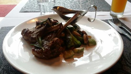 Bistro 21 Restaurant