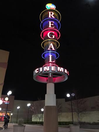 Regal Cinemas St. Louis Mills Stadium 18 IMAX Movie Theater