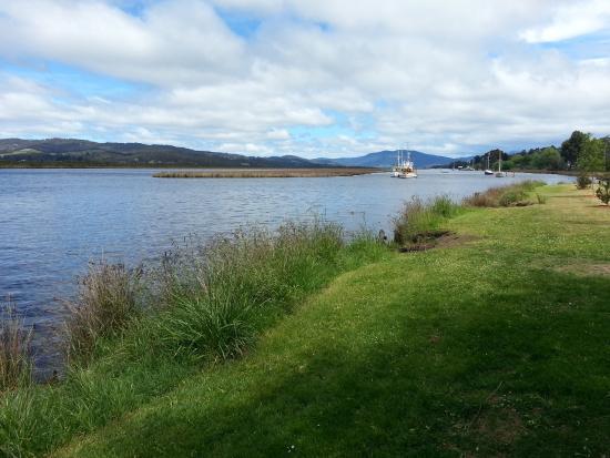 Greater Hobart, Australia: derwent river