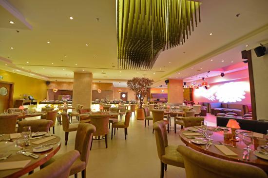 Donatello Hotel: Bred & Butter Restaurant