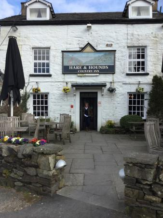 The Hare and Hounds Restaurant: photo1.jpg