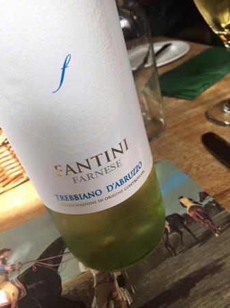 The Horse & Groom Inn: Great wine list