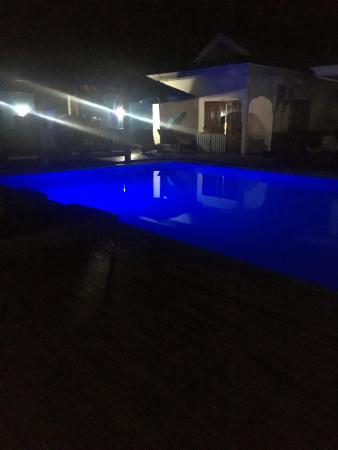 Villas de Mer: piscina hotel