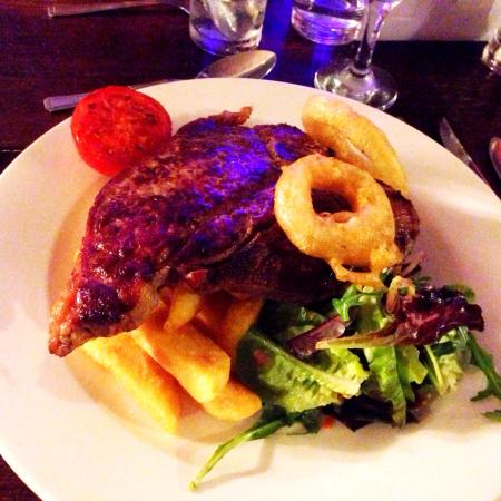 Sturmer, UK: I had the T-bone steak & it was cooked to perfection! I'll definitely be returning