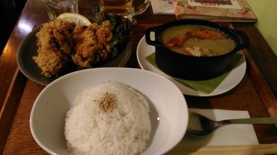 Cafe Momoyama78