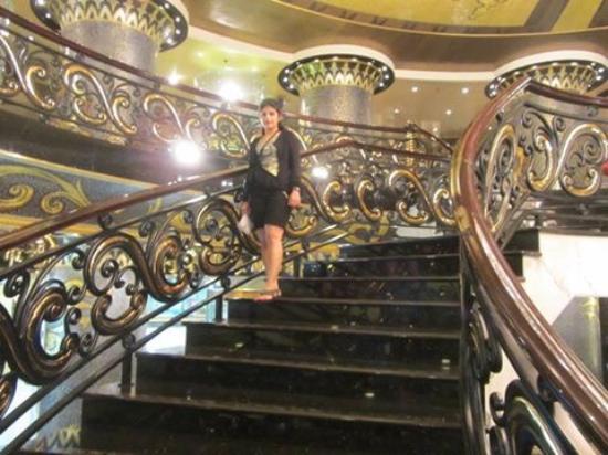 Hotel Lisboa: Lobby