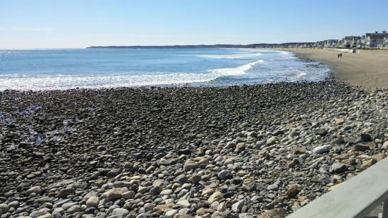 Lafayette's Oceanfront Resort: 0319161214_large.jpg