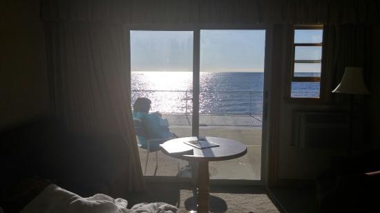 Lafayette's Oceanfront Resort: 0320160837_HDR_large.jpg