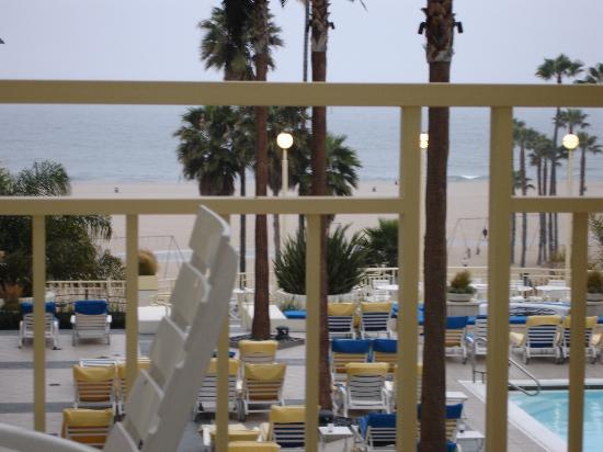 Фотография Loews Santa Monica Beach Hotel