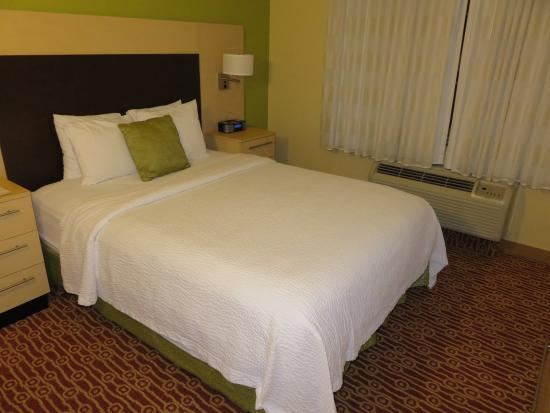 TownePlace Suites San Diego Carlsbad/Vista Photo