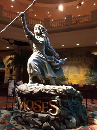 statue of moses in the sight and sound lobby picture of sight rh tripadvisor co nz