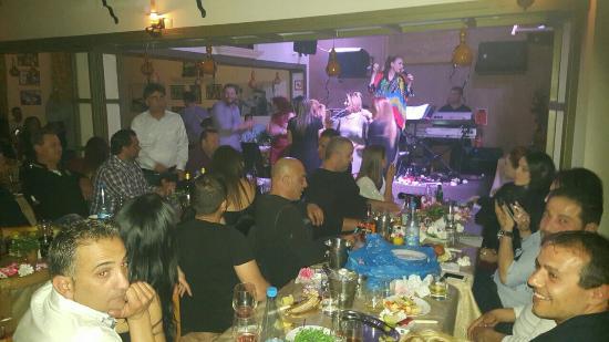 Nefeli Mousiki Taverna