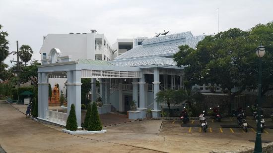 Andaman Seaview Hotel: 20150620_093027_large.jpg