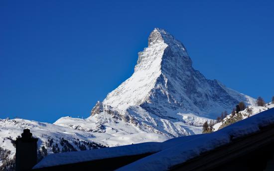 Hotel Chesa Valese : Aussicht vom Zimmerbalkon auf Matterhorn