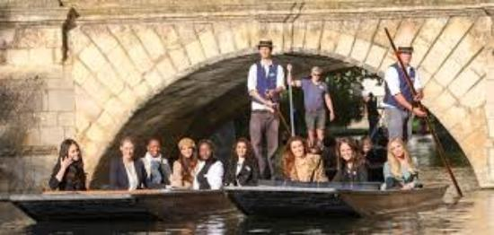 ‪Cambridge Punting Tours‬