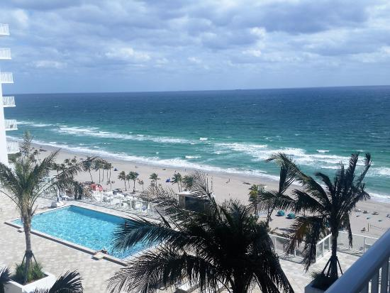 The pool in the pic is on the 11th floor. The main pools can not be seen from this view.