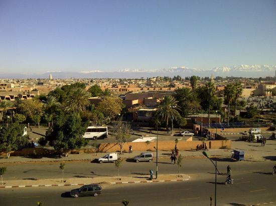 Mogador Express Bab Doukkala : Great view from balcony. But noisy roads