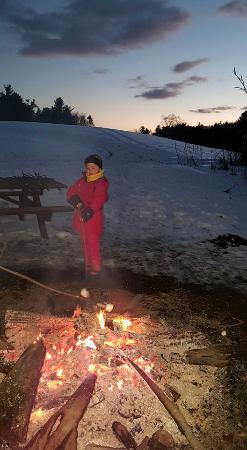 Lee, Нью-Гэмпшир: Our granddaughter loved toasting marshmallows!
