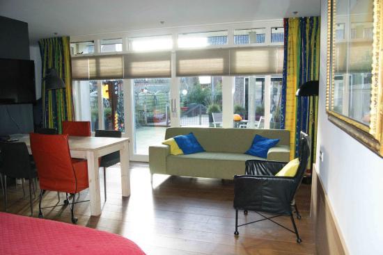 Maasland, Nederland: familiekamer met terras