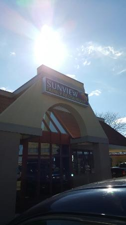 ‪Sunview Restaurant‬