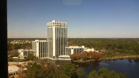 Wyndham Lake Buena Vista Disney Springs Resort Area: 20160226_103804_large.jpg