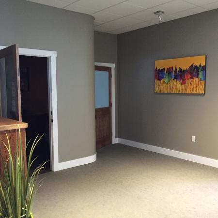 Woody Point, Kanada: Art In Lobby