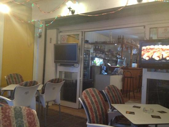 Chesters Cafe: photo1.jpg