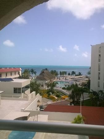 Aquamarina Beach Hotel: View from my room (4th floor)