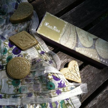 DanMas Boutique: Soap and scarf