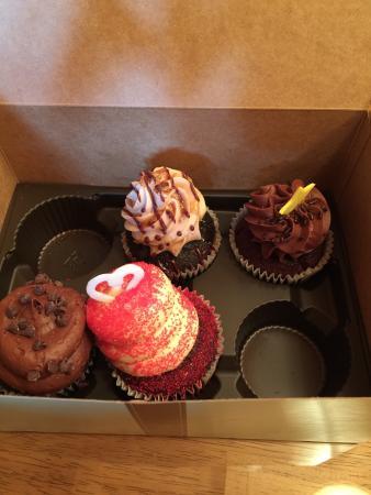 Gigi's Cupcakes : photo1.jpg