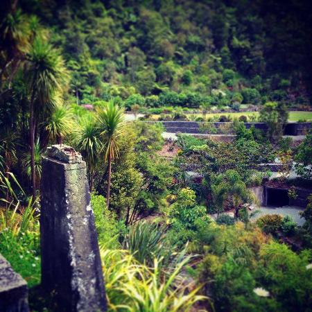 Whangarei, New Zealand: Lush gardens thrive on the old industrial site