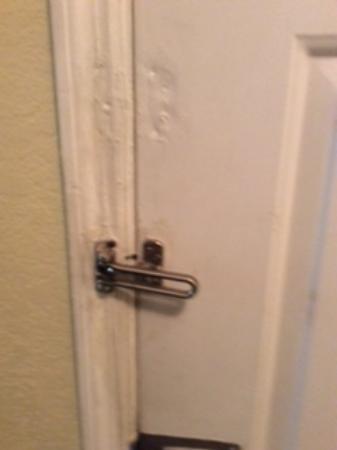Ordinaire Oak Plantation Resort: Interior Entrance Door Locks