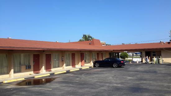 Tahitian Inn Motel Image