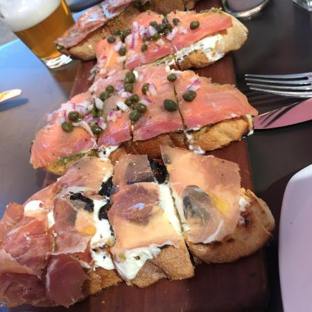 Postino Winebar: Bruchetta board (Prosciutto with Figs & Mascarpone, Smoked Salmon with Pesto, Salami with Pesto)