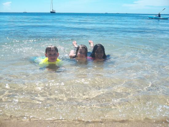 Lobster Pot: The kids had a blast with the owners' daughter.