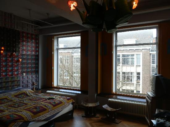 Hotel Bazar: room 302