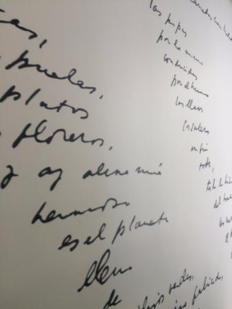 Tripadvisor Parede Com Poema De Pablo Neruda صورة لا