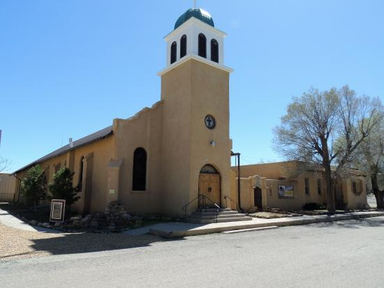 Cerrillos, Нью-Мексико: church