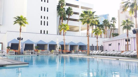 Picture of sls las vegas hotel casino las vegas tripadvisor for Nice hotels with swimming pool