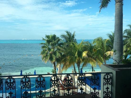 zoetry villa rolandi isla mujeres cancun thatu0027s cancun across the way pool in full - Saltwater Hot Tub