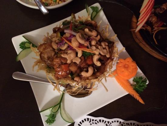 Ken's Kitchen: Chicken cashew nut in potato basket