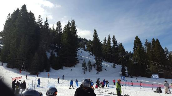 Diamond Peak Ski Resort: 20160320_095117_large.jpg