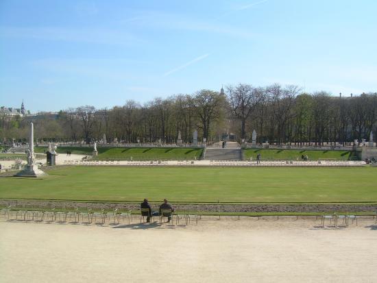 Fonte picture of luxembourg gardens paris tripadvisor - Jardin du luxembourg hours ...