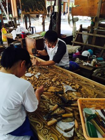 Carved Woods Factory: photo1.jpg