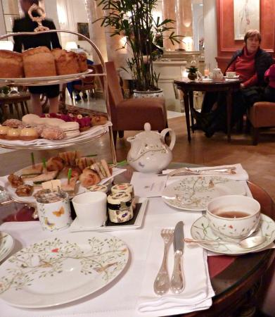 Afternoon tea for two 80 picture of le jardin for Le jardin francais