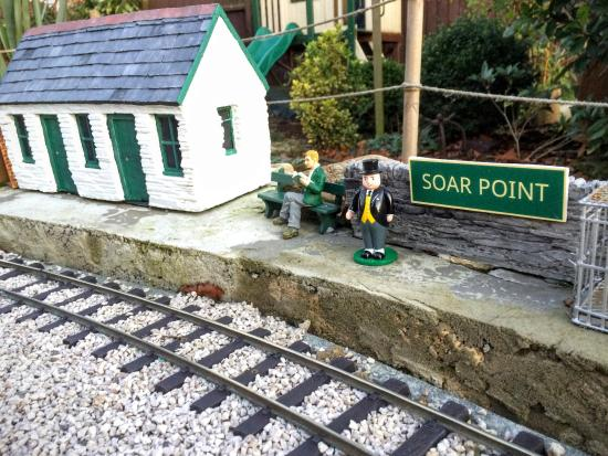Garden Railway Picture of The Gallery in Sutton Bonington