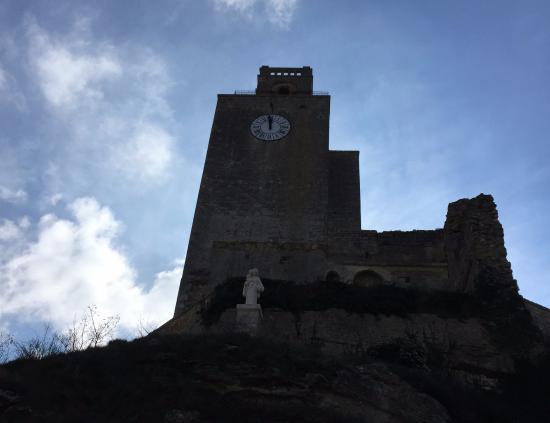 Tour de Chamaret